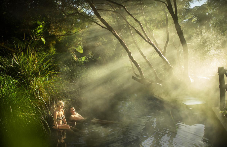 Te Rata Bay Hot Springs - Lake Tarawera