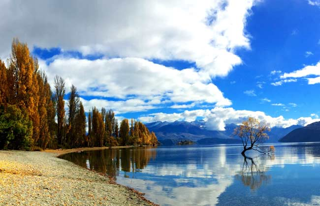 Beautiful picture of a lake close to Christchurch.