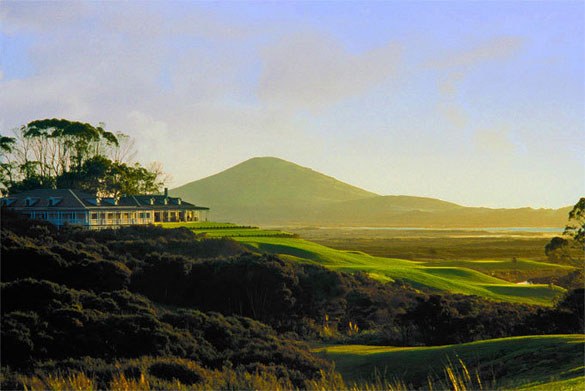 Overlooking sandy beaches and the ancient remains of extinct volcanoes Carrington Golf Resort has stunning views.