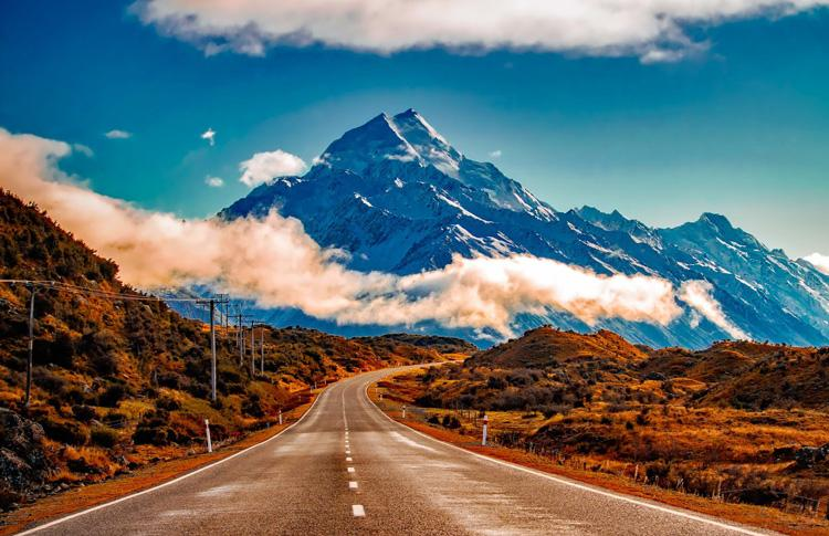 Most beautiful road in the world - drive to Mount Cook