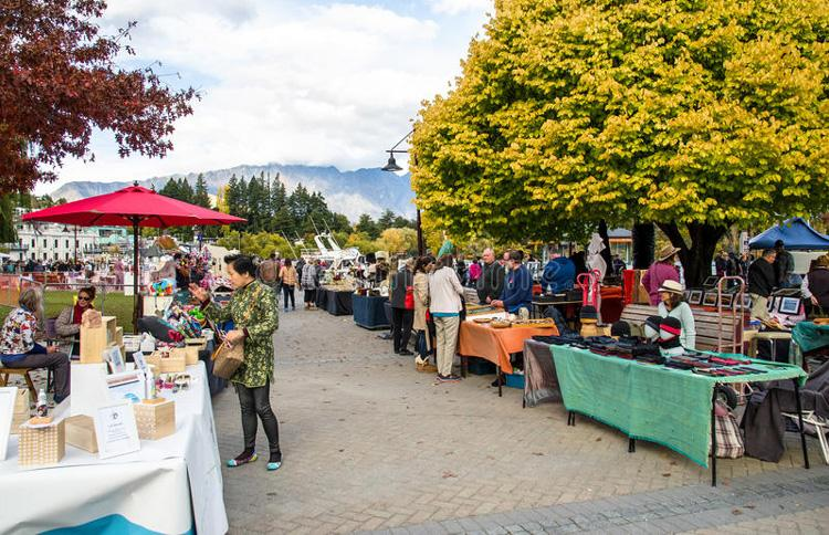 Markets in Queenstown