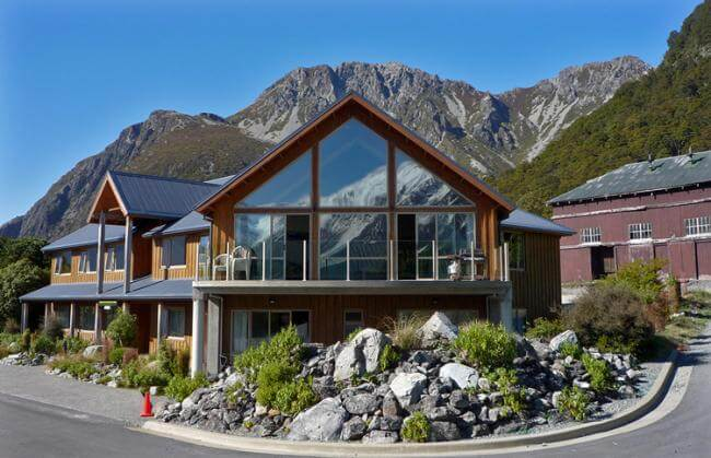 Mount Cook Alpine Lodge