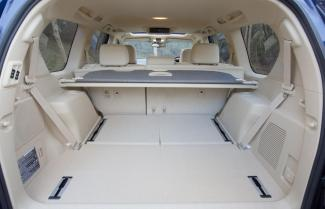 Land Cruiser Prado Boot Space