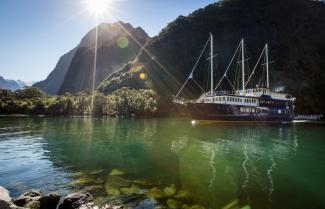 Milford Sound Overnight Cruiser
