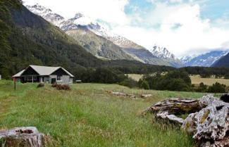 Mt Aspiring Hut