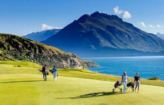 Round of Golf in Queenstown