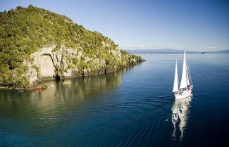 Lake Taupo on a New Zealand Exclusive Tour