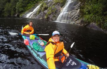 Overnight sea kayaking, Doubtful Sound