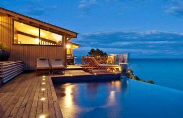 A self drive New Zealand luxury lodges tour.