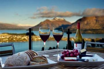Wine tour, Queenstown New Zealand