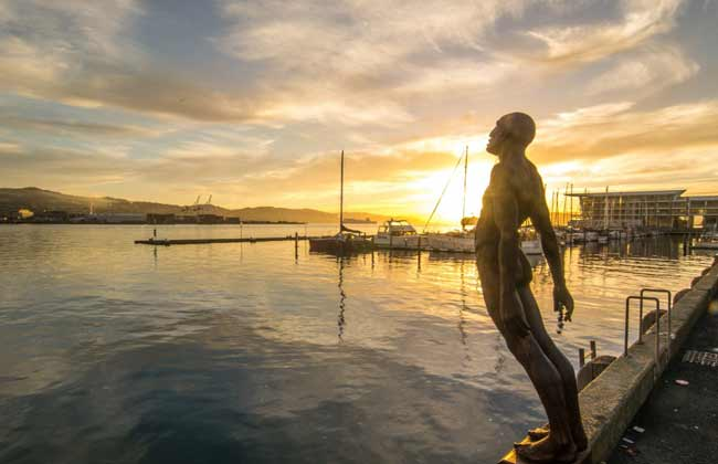 Picture of a statue on the harbour in Christchurch.